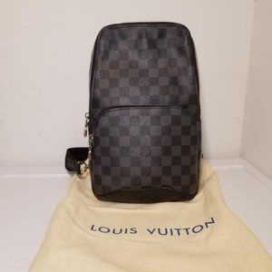 Louis Vuitton Avenue Crossbody Leather Sling Bag